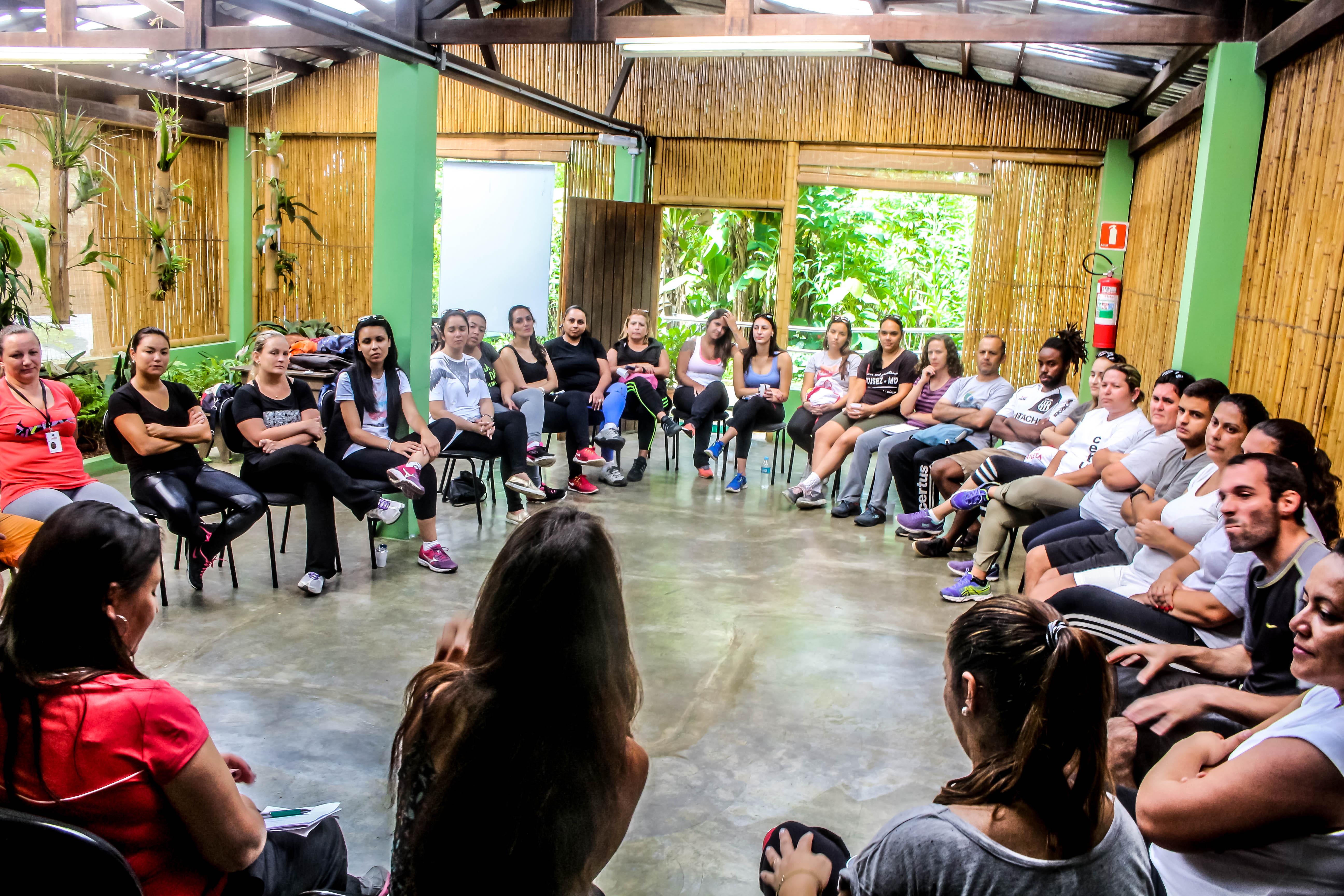 Roda de conversa será uma das atividades com os alunos
