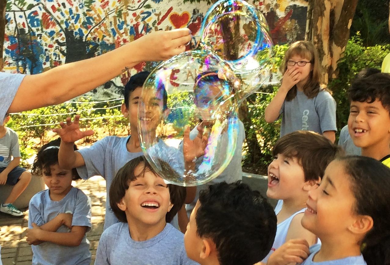 Semana do Dia das crianças no Certus anima alunos da Educação Infantil ao Ensino Integral com muita alegria no colégio e na área verde